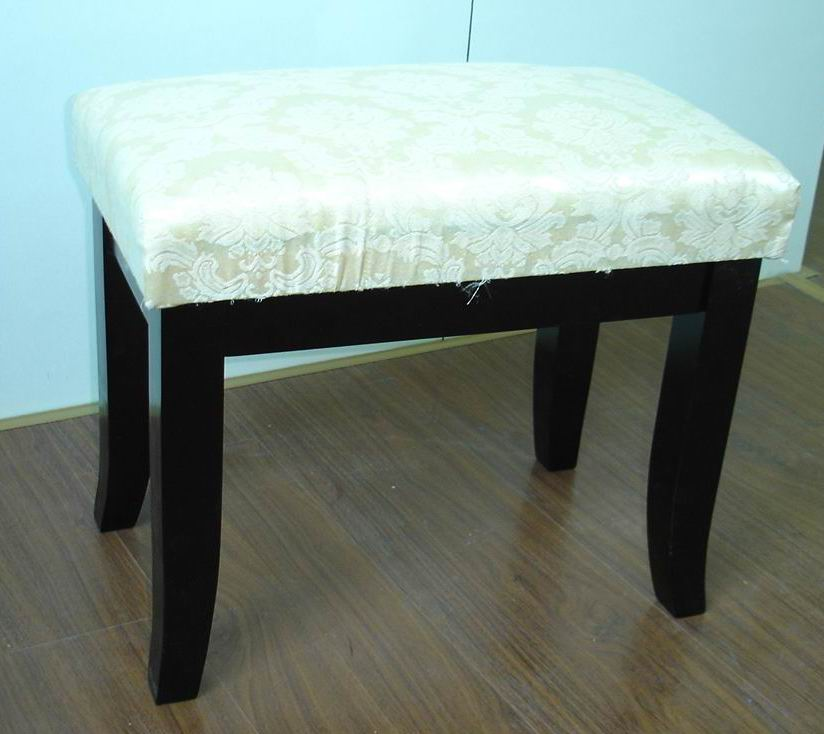 Simple solid wood ottoman,footstool,dressing bench